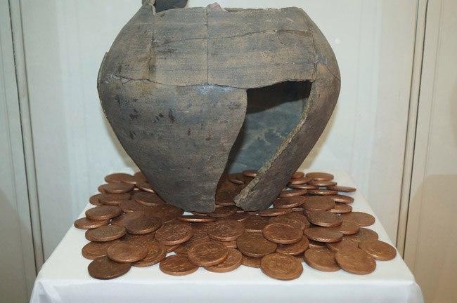 Выставка «История денег России в монетах и банкнотах» 03
