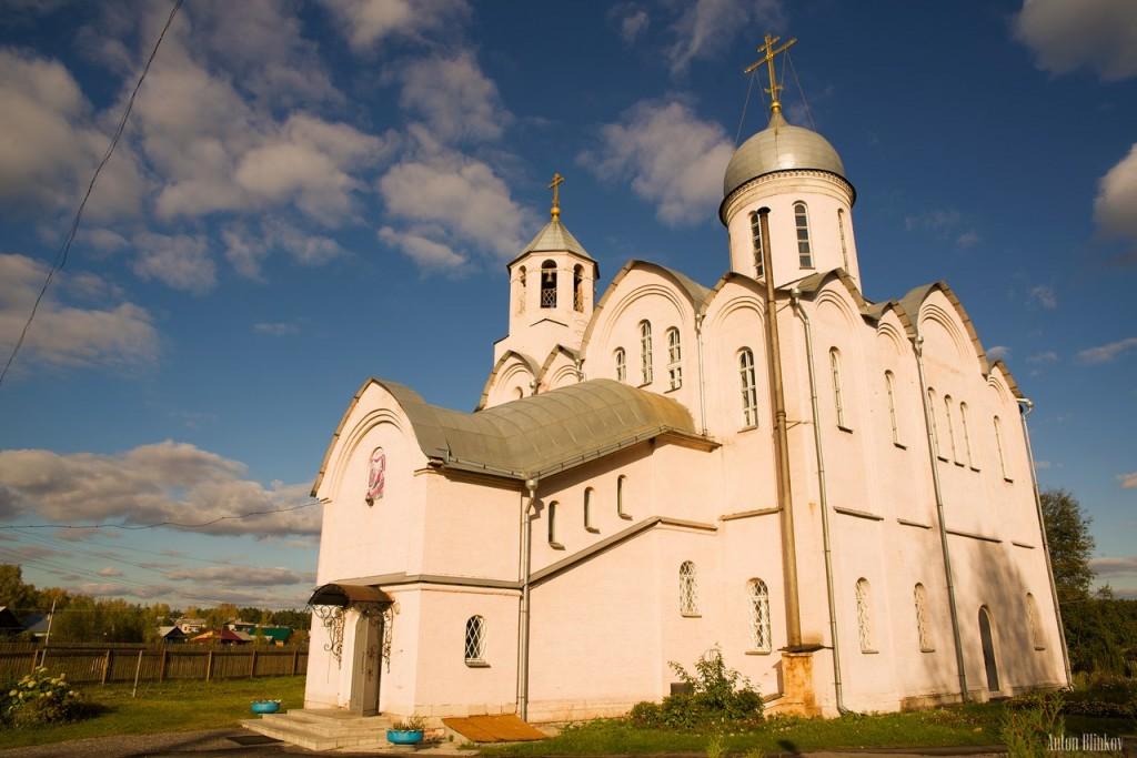 Золотково. Церковь Рождества Пресвятой Богородицы
