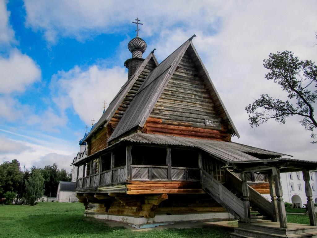 Никольская церковь из села Глотова. Суздальский кремль