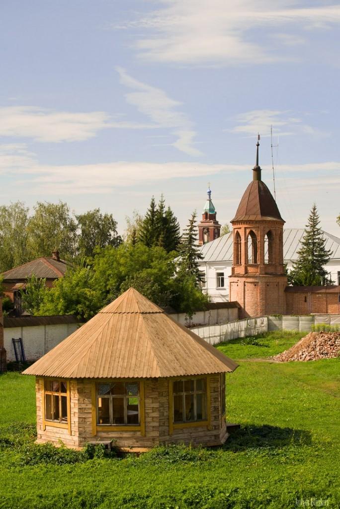 Постройки на территории Юрьев-Польского кремля