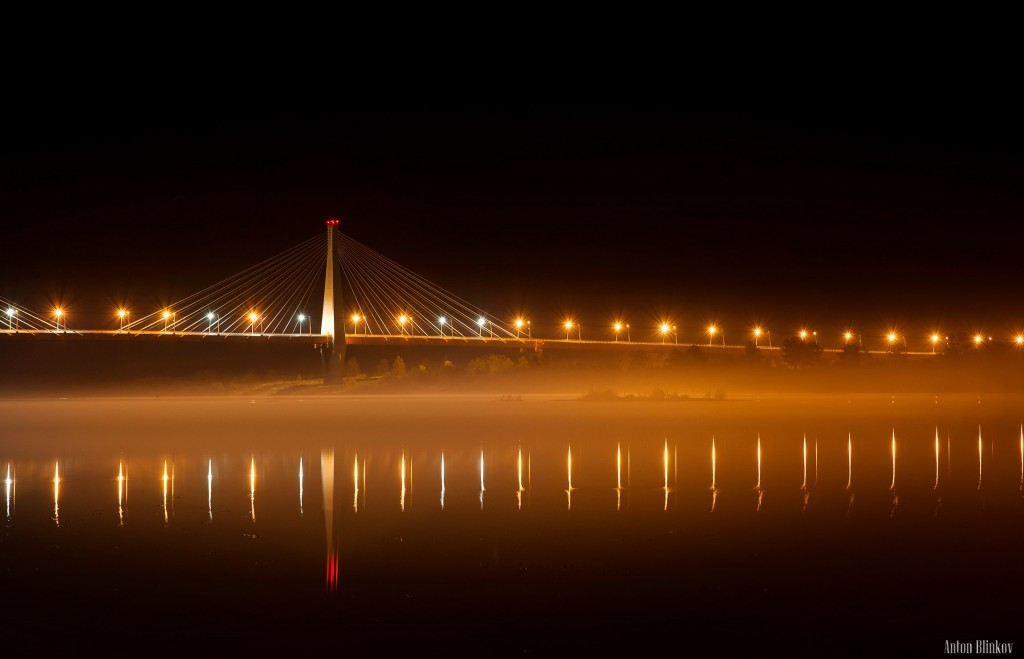 Холодная ночь, туман и тишина. Мост через р. Ока в г. Муром