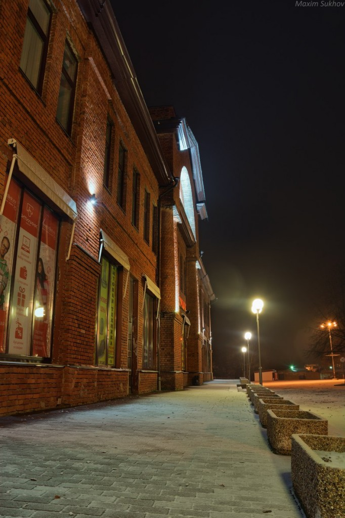 Центр города Вязники во время первого снега 02