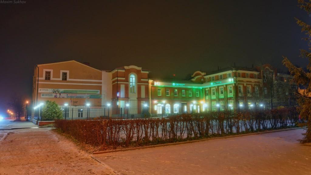 Центр города Вязники во время первого снега 03