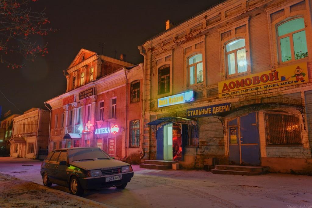 Центр города Вязники во время первого снега 04