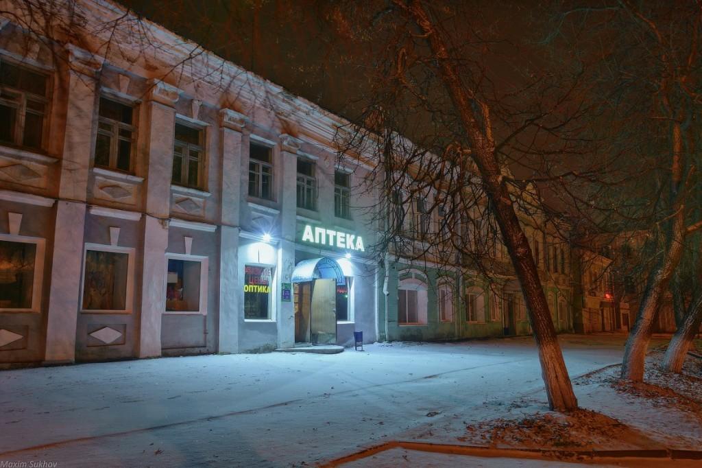 Центр города Вязники во время первого снега 05