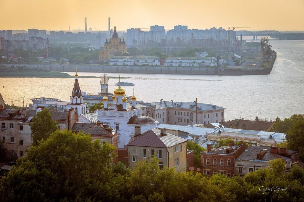Закат на стрелке в Нижнем Новгороде