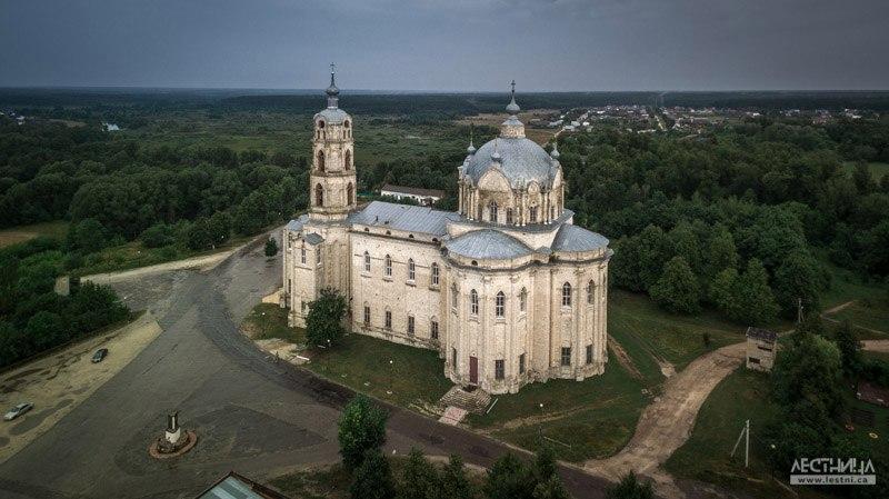 Троицкий собор в Гусь-Железном с высоты 01