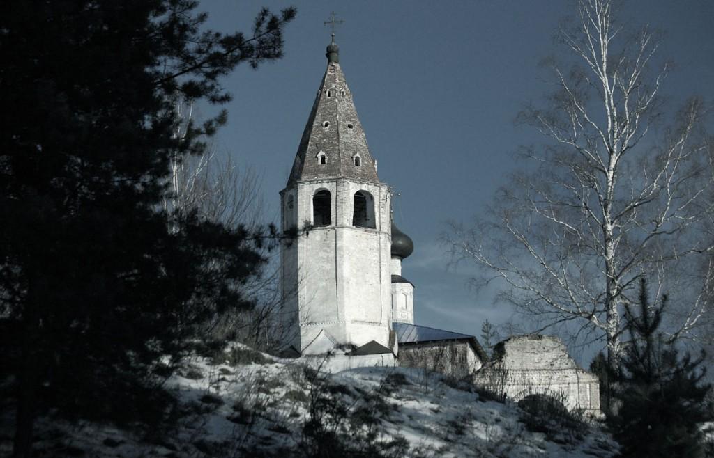 Успенская церковь села Любец на реке Клязьме. Ковровский район 01