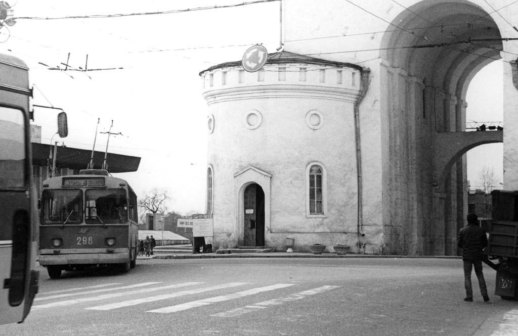 Фото старых троллейбусов города Владимира 02