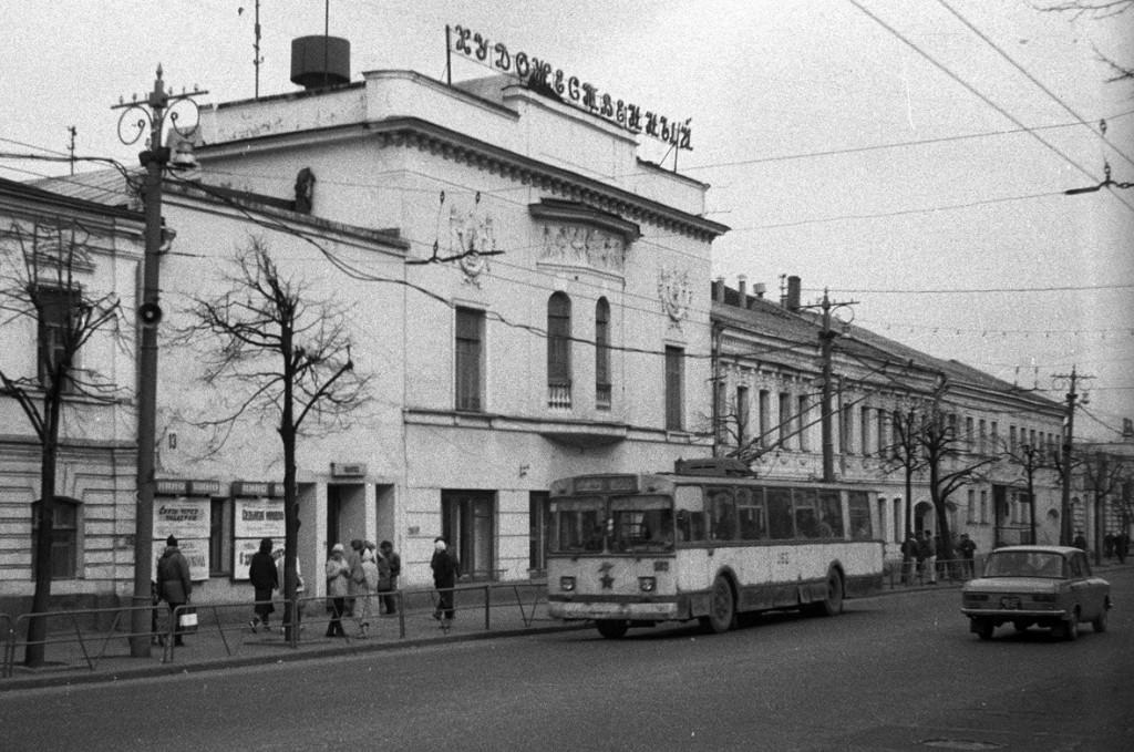 Фото старых троллейбусов города Владимира 140