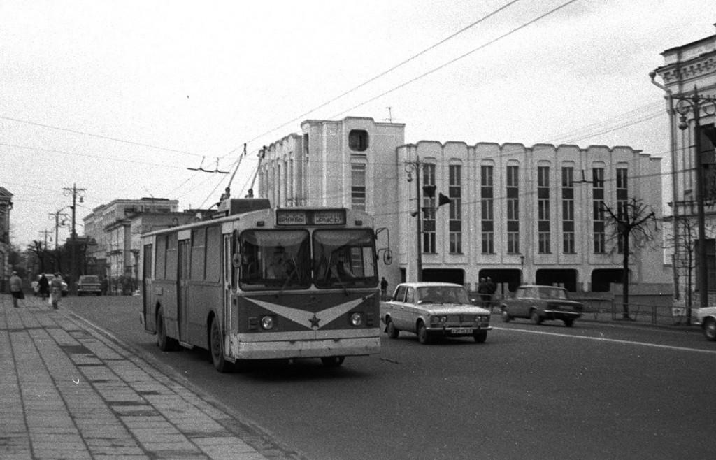 Фото старых троллейбусов города Владимира 142