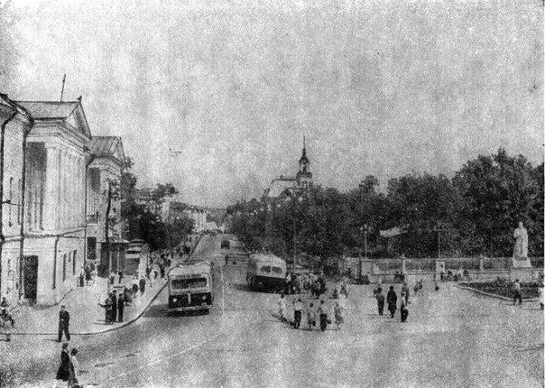 Фото старых троллейбусов города Владимира 15