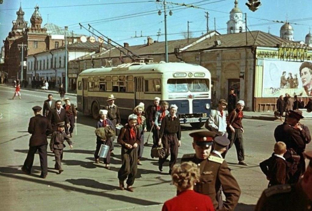 Фото старых троллейбусов города Владимира 204