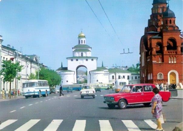 Фото старых троллейбусов города Владимира 24