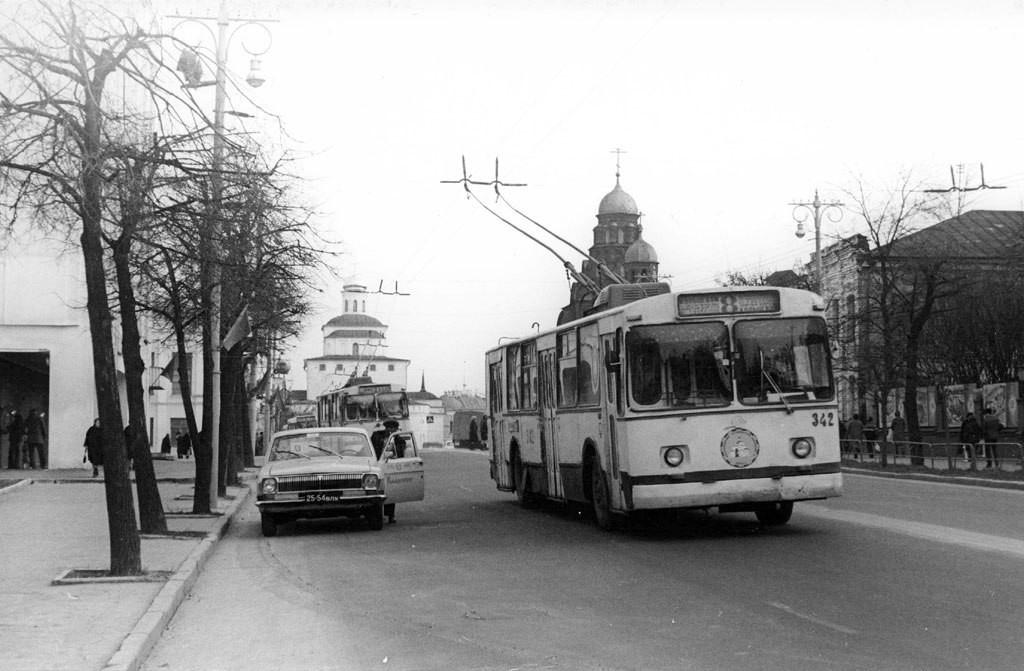Фото старых троллейбусов города Владимира 42