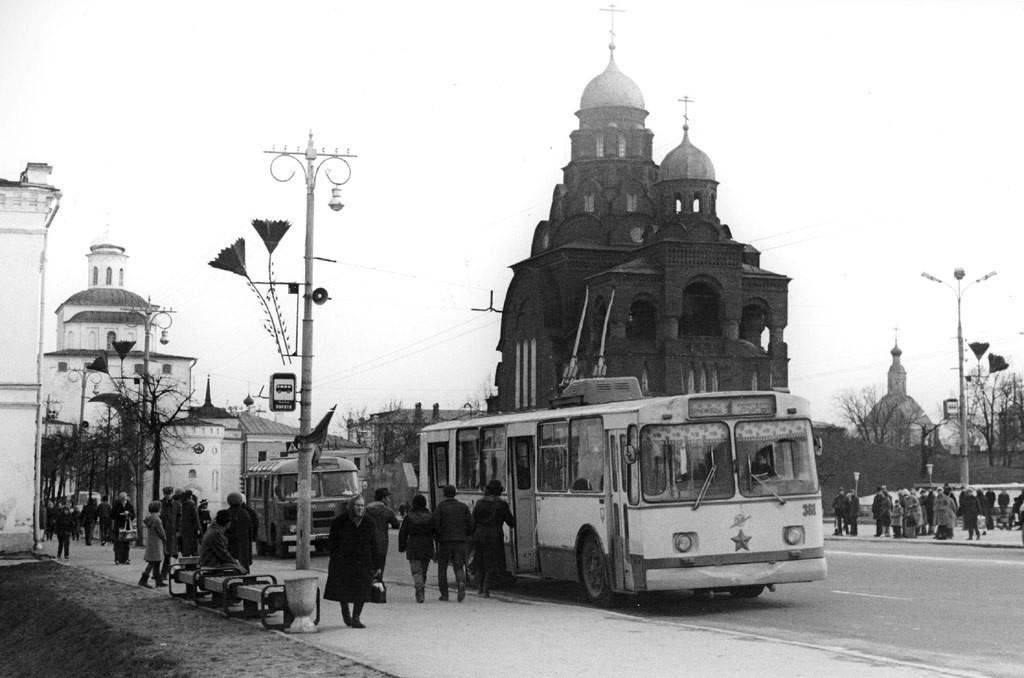 Фото старых троллейбусов города Владимира 44