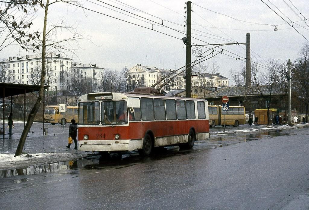 Фото старых троллейбусов города Владимира 80