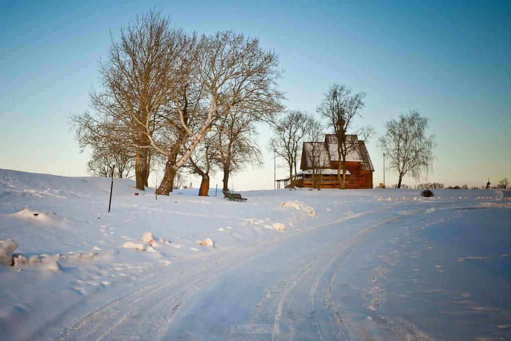 Покрытый снегом город Суздаль 05