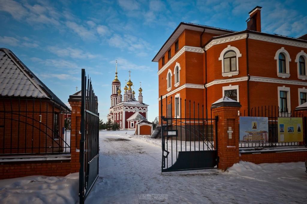 Покрытый снегом город Суздаль 09