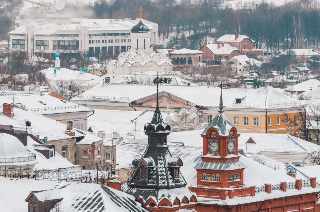Вид на снежный Владимир с колокольни Успенского собора 05