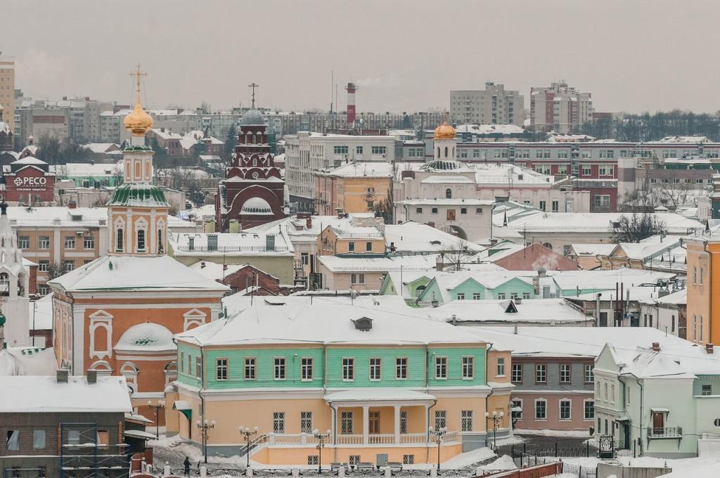 Вид на снежный Владимир с колокольни Успенского собора 06