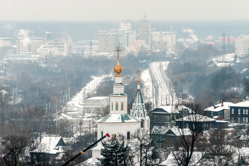Вид на снежный Владимир с колокольни Успенского собора 08