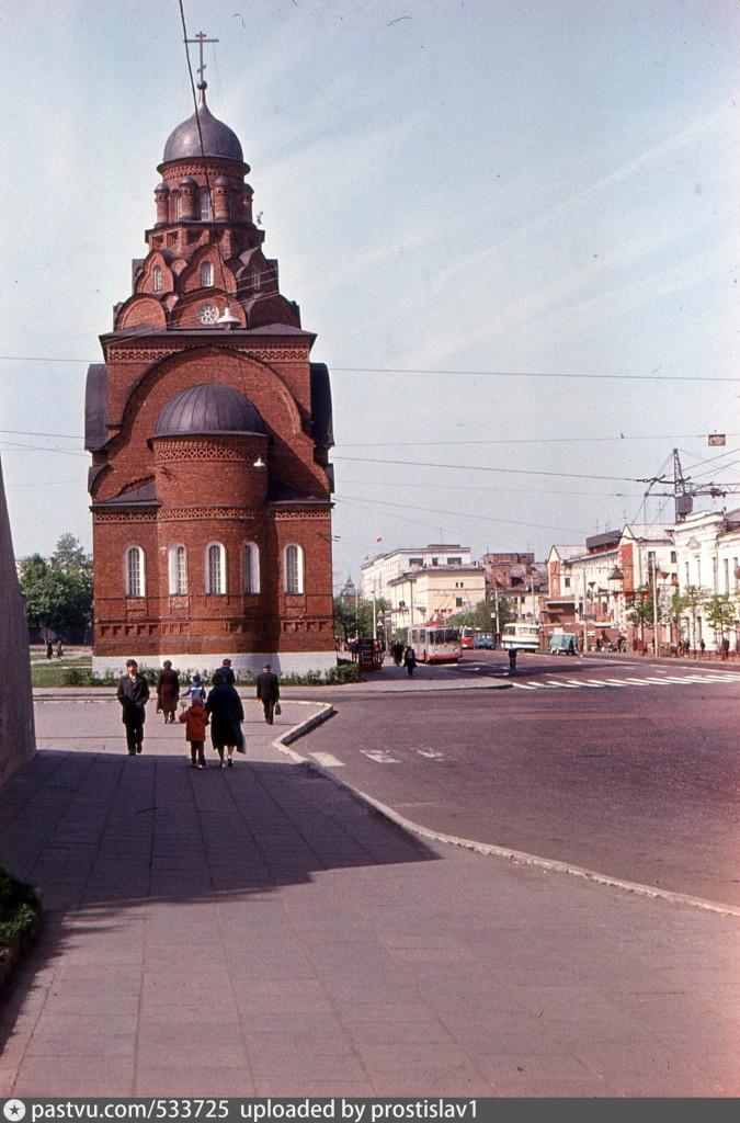 Московская улица (ныне Дворянская улица)Троицкая церковь 1983, Россия, Владимирская область, Владимир
