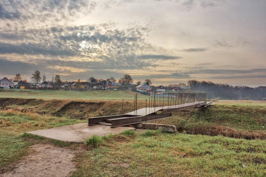 Мост через реку Серая