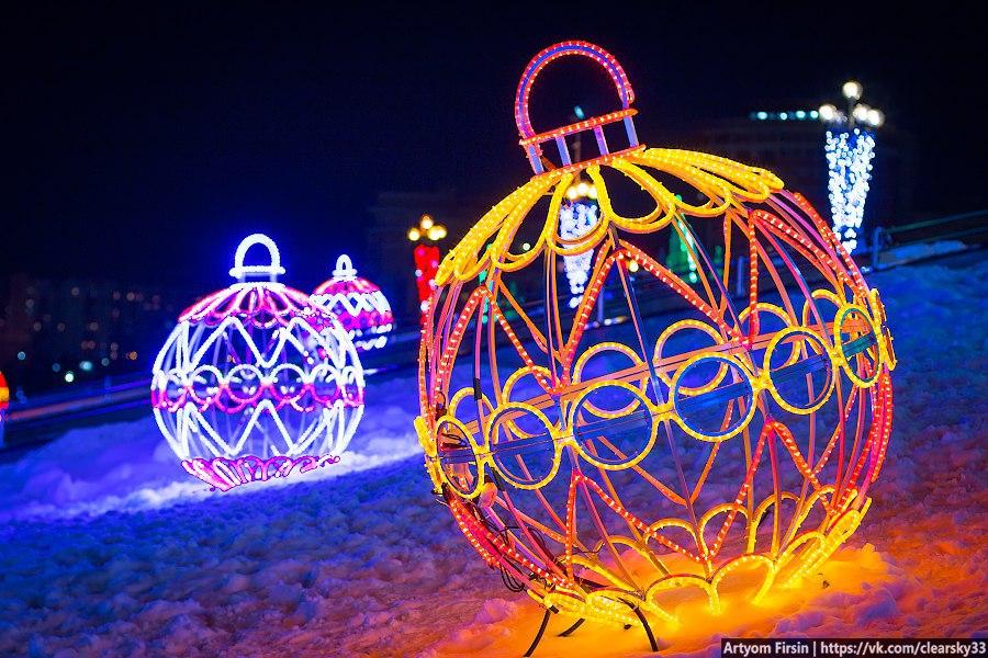Новогоднее украшение Владимира (Площадь возле администрации) 02