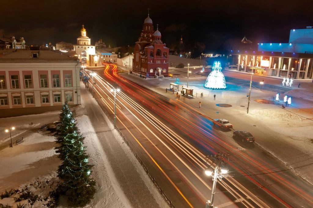 Новогодний Владимир. В главной роли Золотые Ворота 01