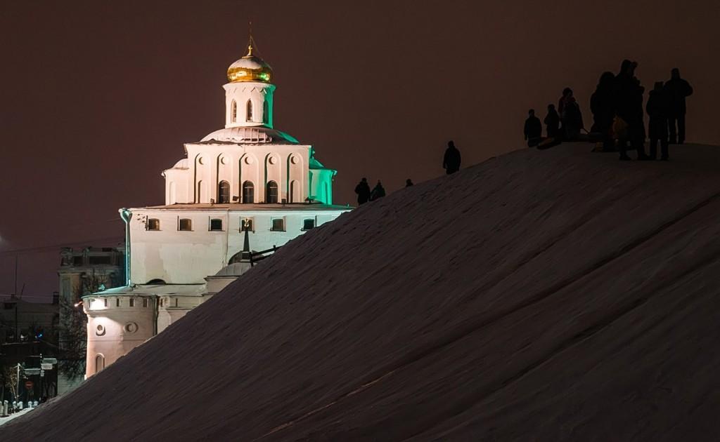 Новогодняя театральная площадь и Спасский холм 03