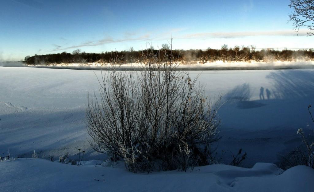 Погода под -30, а река Клязьма под городом Ковровом разморозилась 01