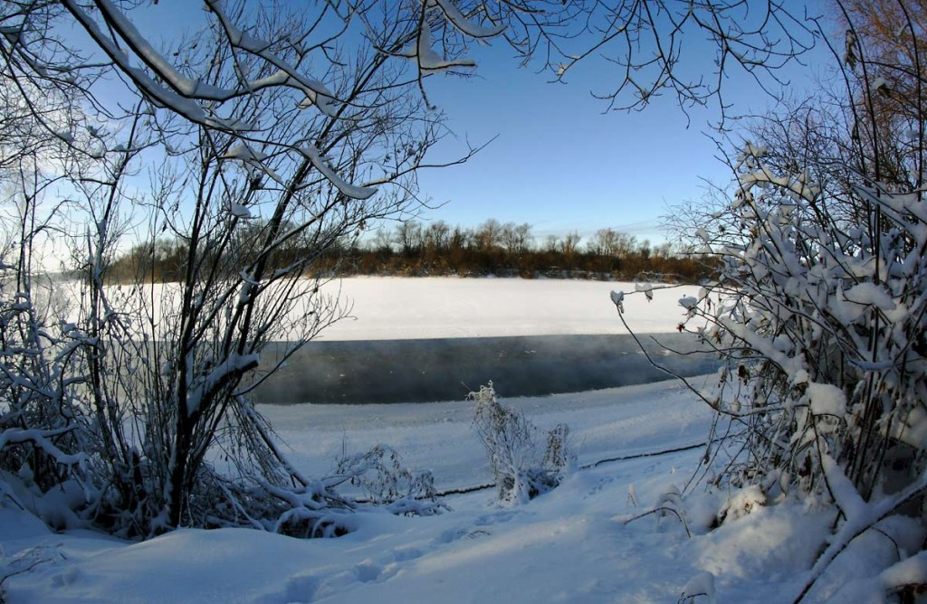 Погода под -30, а река Клязьма под городом Ковровом разморозилась 02