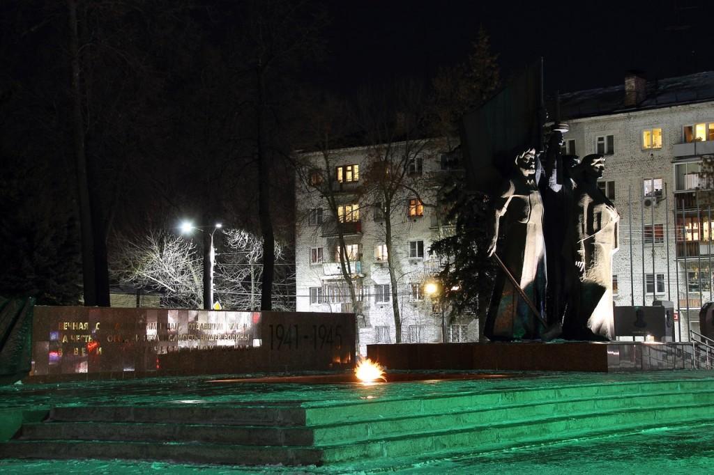 Прогулка в районе площади Победы, Владимир 01