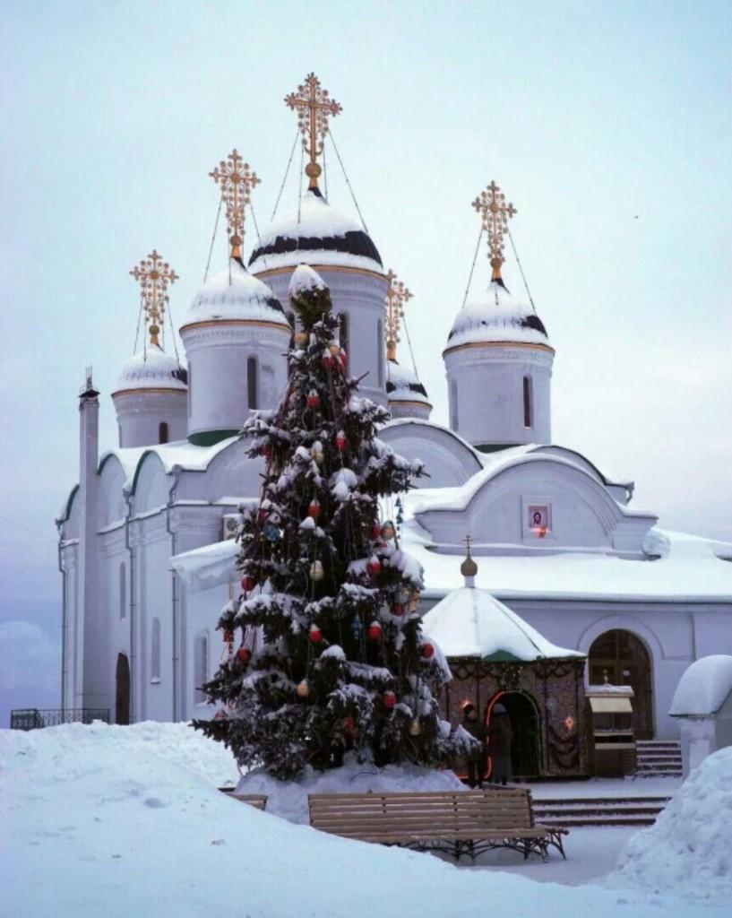 Рождественское настроение в Спасо-Преображенском монастыре