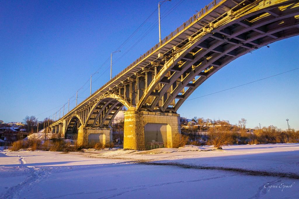 Владимир. Зима под мостом на Клязьме