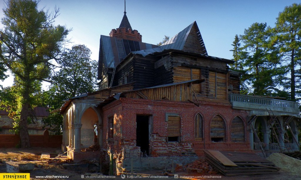 Главный дом усадьбы фабриканта Сенькова 02