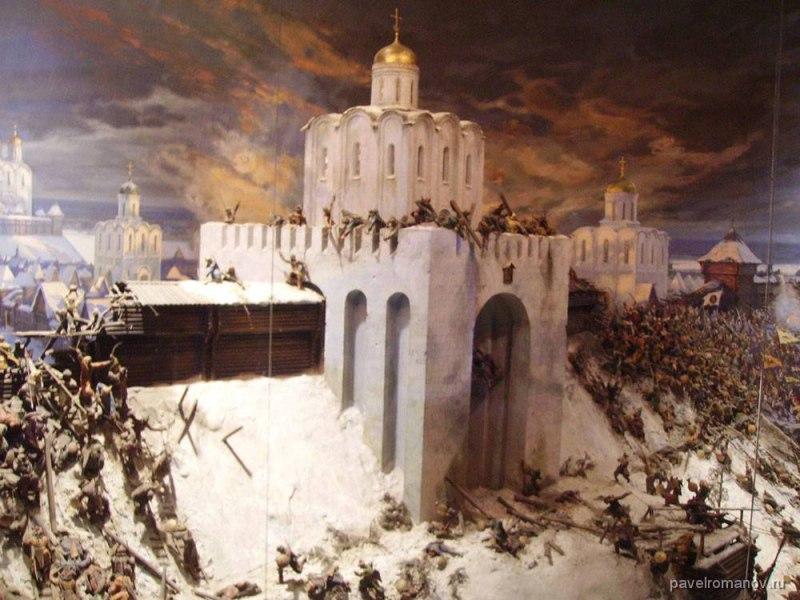 Град Владимир стоит у врага на пути (Стихи)