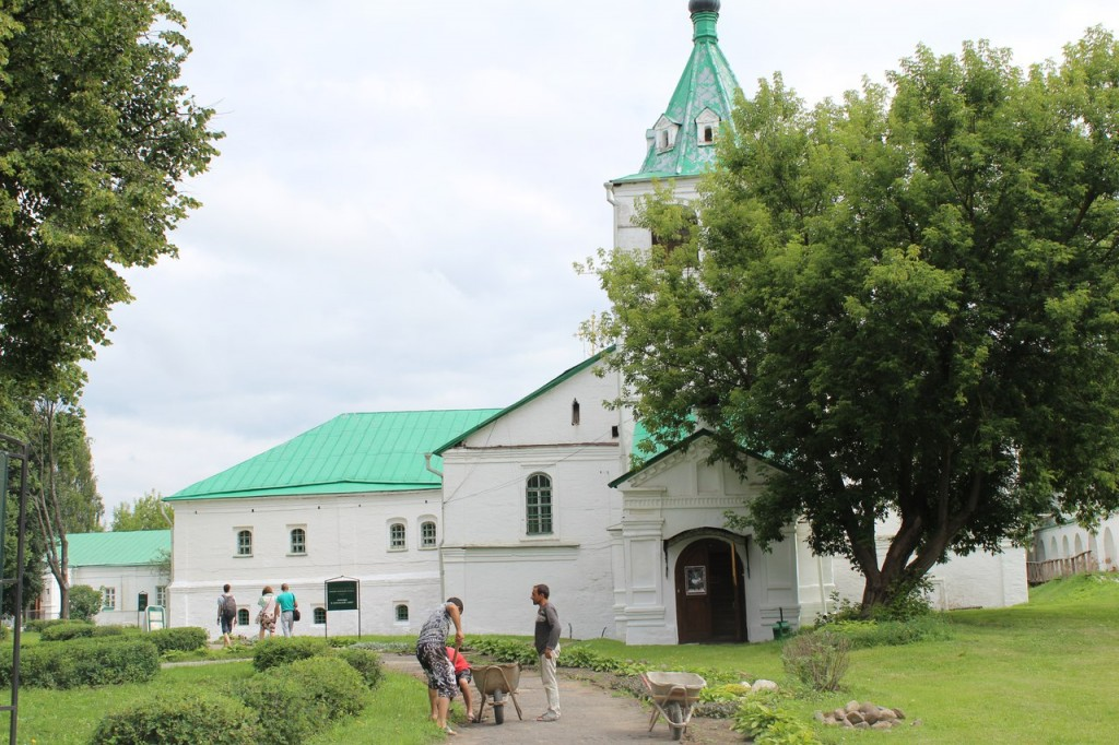 Музей-заповедник на территории Александровского кремля 04