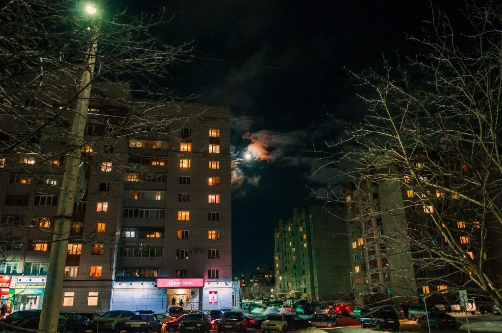 Полнолуние и и гало вокруг Луны (пятница) 05