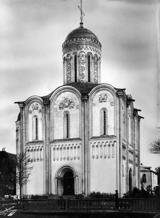 Церковь Спаса-на-Водах в Санкт-Петербурге (Клон Дмитриевского собора) 03