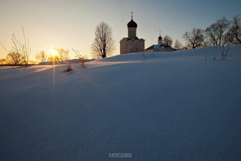 2017.02.07, церковь Покрова На Нерли на закате 09