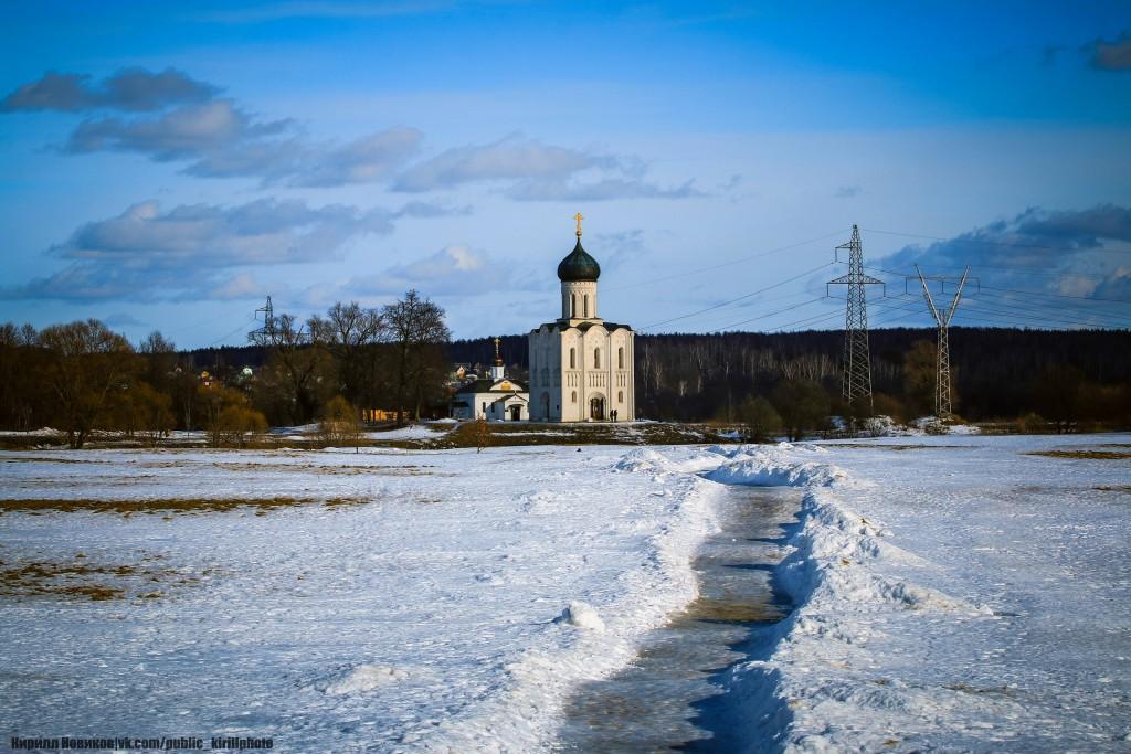 Боголюбовский луг и церковь Покрова на Нерли в последние, солнечные февральские дни уходящей зимы 04