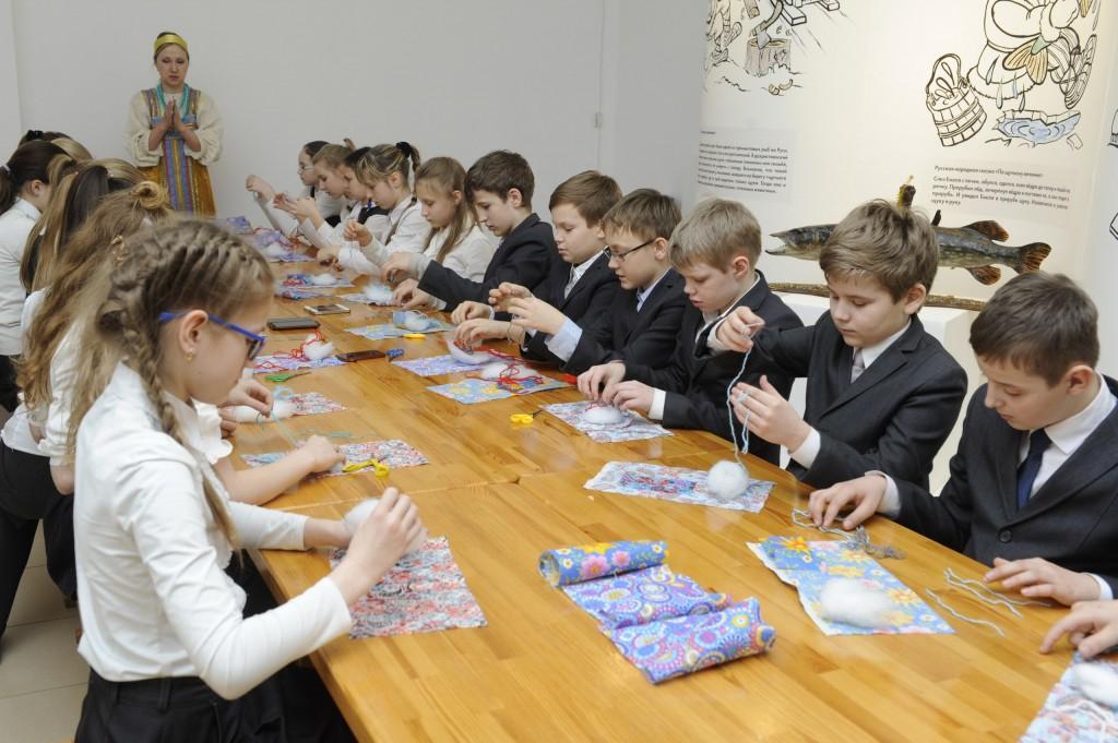 Выставка «Звери и птицы со сказочной страницы», Владимир 03