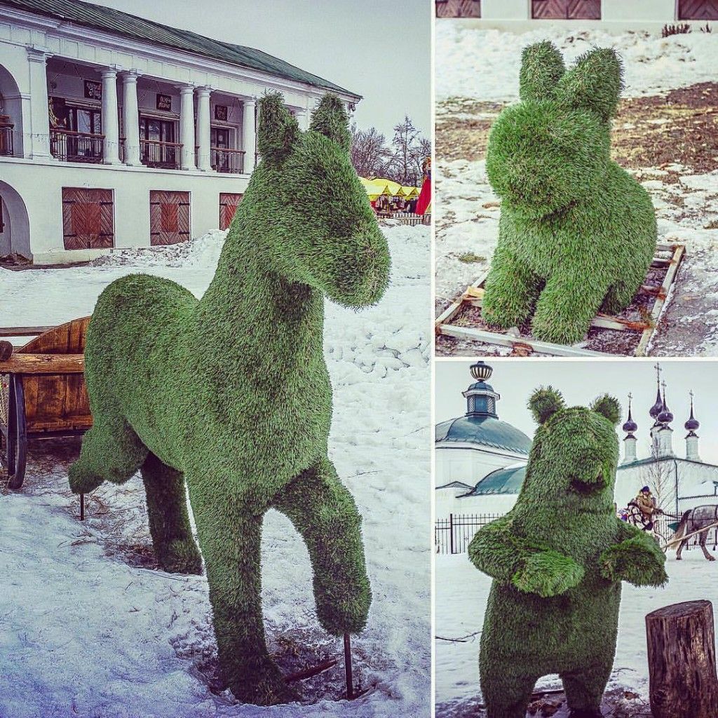 Зелененькие арт-объекты Суздаля