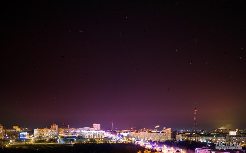 Ночной Владимир с видом на здание администрации