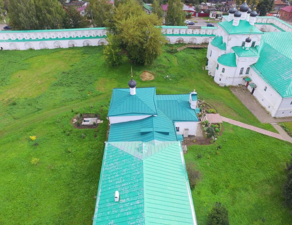 Храм Сретения Господня Успенского монастыря в городе Александров 05