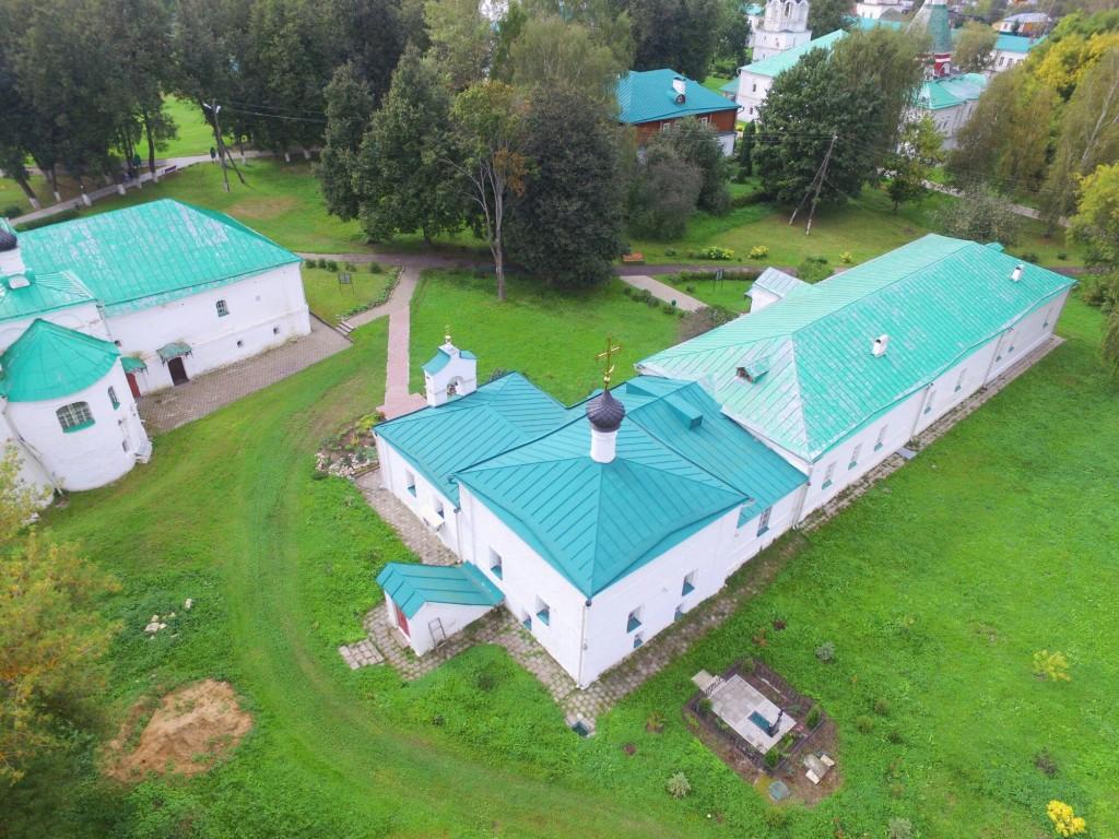 Храм Сретения Господня Успенского монастыря в городе Александров 08