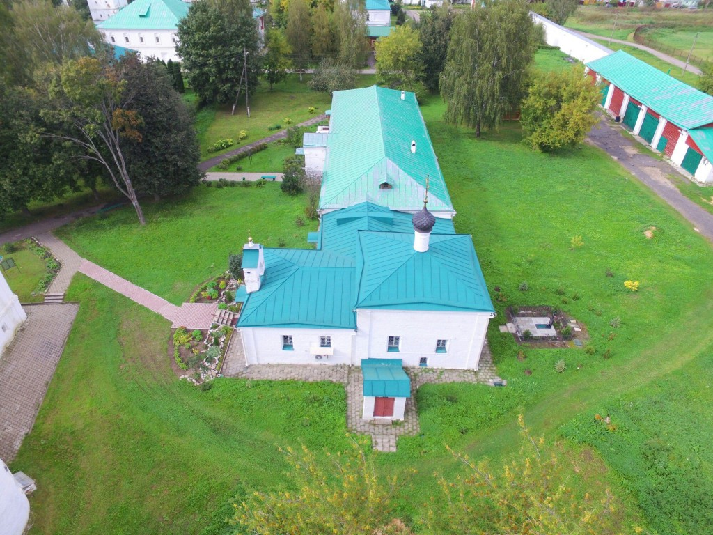 Храм Сретения Господня Успенского монастыря в городе Александров 09