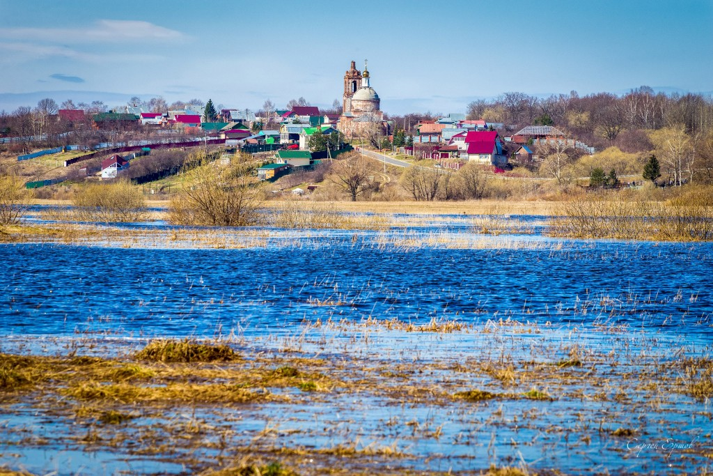 Весеннее половодье. Разлив Нерли. Село Васильково